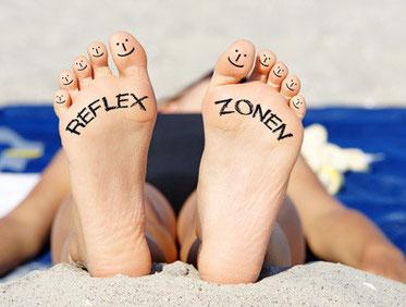 Füße mit Text Reflexzonen