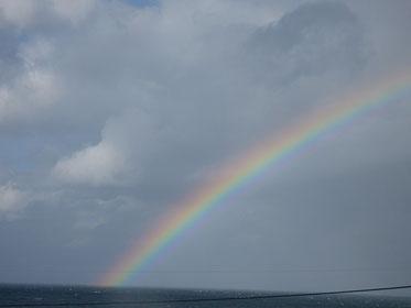 Rainbow!!  時にはWも見えたけど写真には写らず・・