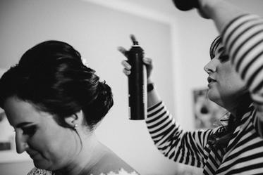 Vorschaubild Hairstyling