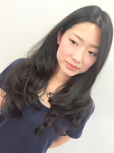 横浜の無責任美容師☆パーマのかかりにくい髪質を作っているのはあなた自身!?