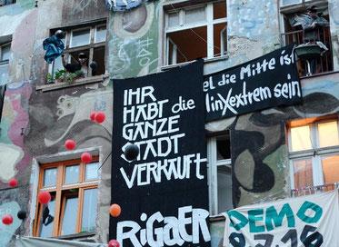 """BZ-hus i Rigaer Strasse  78: """"I har solgt hele byen!"""""""