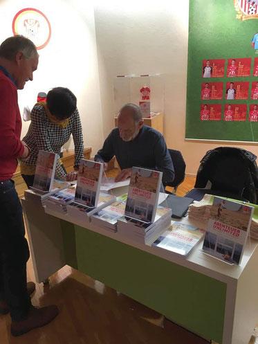Signierstunde mit Helmut Linzbichler