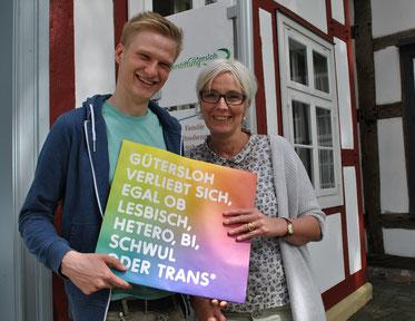 """Stefan Matthias Pape, """"ich bin-mensch"""", und Kirsten Zink, Bürgerstiftung Gütersloh"""