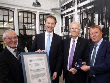 Prof. Dr. Horst A. Wessel, Dirk Pietz, Ralf Schnöring, Oberbürgermeister Burkhard Mast-Weisz