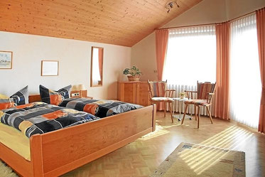 Schlafzimmer mit Tempur-Gesundheitsmatratzen