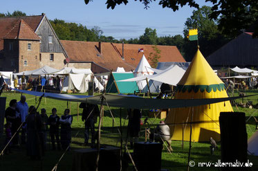 Mittelalter Zelte bei Dülmen Mittelaltermarkt schönes Wetter
