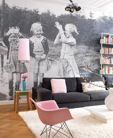 creative ideas to display your family photos on your wall with style
