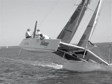 Carbon Copy racing in the Bay to Bay Race-01