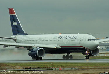 US Airways ***** A 330-243 *****N285AY