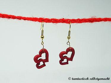 Ohrringe-Herz-doppelt-aus-Holz-rot