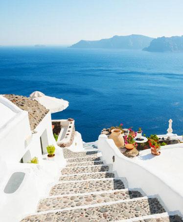 santorini-best-beach-destinations-europe
