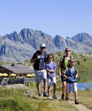 alpe-huez-france-best-destinations-for-nature-lovers