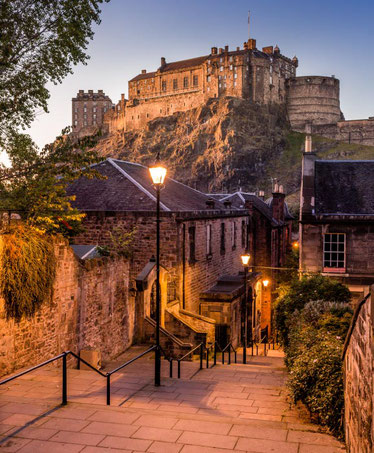 travel-edinburgh-tourism