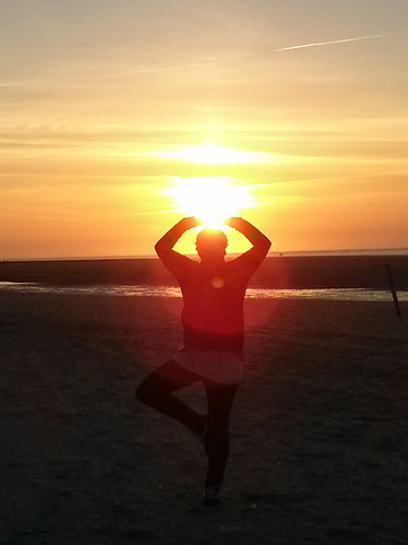 Selbstheilungskräfte sind aktiver, wenn wir in unserer Mitte sind. Stressbewältigung und innere Ruhe sind sehr wichtig.