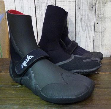 だいぶ水温も下がってきましたね・・ブーツも様々なタイプが入荷していますよ~!¥4,500+Tax~