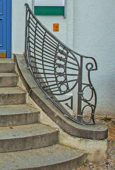 Jugendstil. Ein Haus in Berlin-Mariendorf. Treppengeländer.