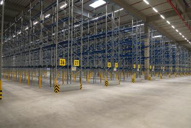 Logistikcenter Hochregallager BlowerDoor Test Industrie Gewerbe