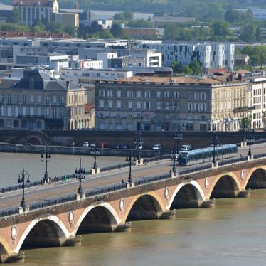 Pont-de-Pierre-Bordeaux