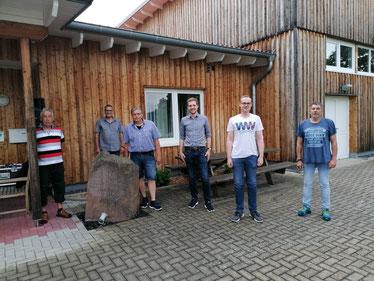 Von links:  Manfred Helmker, Ingo Schillig, Andreas Traupe, Bürgermeisterkandidat Sven Wolter, Benjamin Lotz und Ortsbürgermeister Achim Eggert. Foto: privat