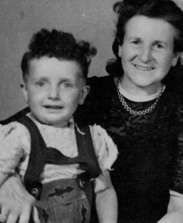 Meine Mutter und ich  1947