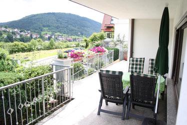 Terrasse  mit Blick ins Neckartal