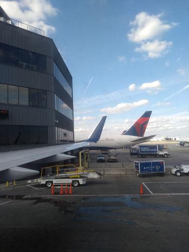 Flughafen Atlanta, Immigration, Security, Zeit