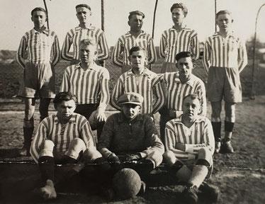 Die Mannschaft der SpVgg Ziegetsdorf zur Gründungszeit