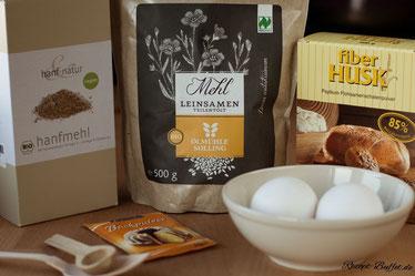 Hanfmehl und Leinmehl als Low Carb Alternative für Getreidemehl