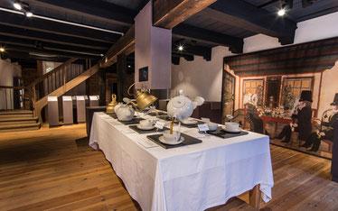 Gedecker Tisch im Teemuseum
