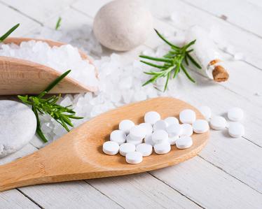 Schüssler Salze - Salze des Lebens, Schüssler Salze regulieren den Mineralstoffhaushalt Schüssler Salze sind Funktionsmittel laut Schüssler, weil jedes einzelne Mittel bestimmte Organfunktionen beeinflussen soll