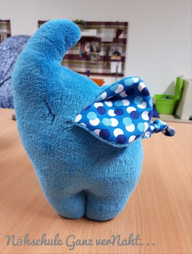 Nähschule ganz vernaht, blauer Elephant mit gemusterten Ohren