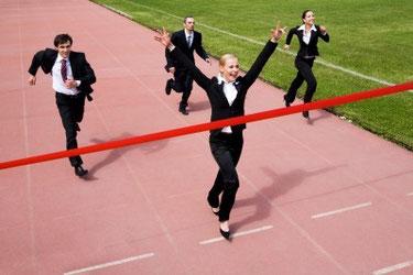 Image credit: <a href='http://de.123rf.com/photo_8448454_image-of-joyful-businesswoman-winning-a-business-race.html'>pressmaster / 123RF Stock Foto</a>