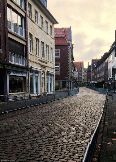 Ruhe vor dem Sturm. Auf den Straßen Münsters.