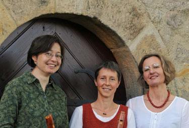 die drei Flötistinnen des dresdner blockflöten consort