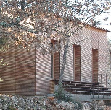 la charpenterie de la benoite; couverture; tuile; charpente ttraditionelle; murs en ossature bois; terrasse en bois; étude graduit; plan 3D