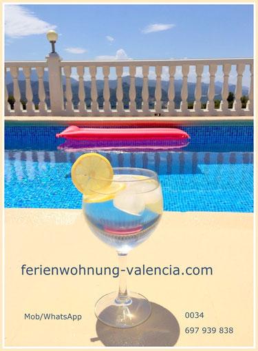 Ferienwohnung-Valencia, Pool mit Ausblick