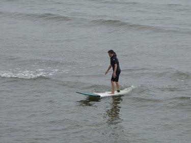 約半年ぶりの海!一本目から立てて♪ 改めて海の楽しさを再認識のERさん 今から徐々に復活していきましょうね~~(^_-)-☆