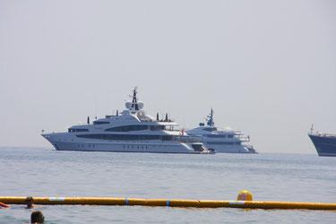 Bild: Yacht bei Beaulieu-sur-Mer