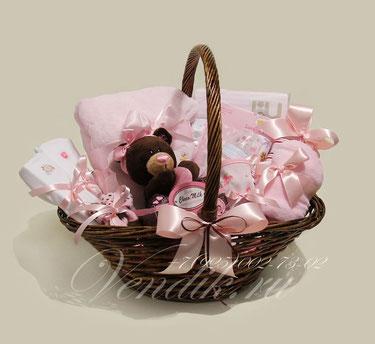 """© Подарочная корзина для новорожденной девочки """"Сhocolate"""""""