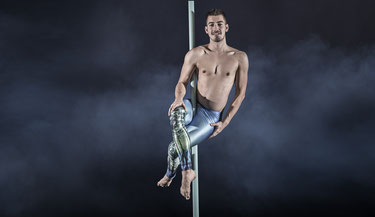 Pole Basic - Akrobatik, Ausdruck, Spass, Fitness, Vorarlberg, Pur Dance