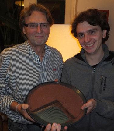 Bild: keramische Backform mit Schokolade