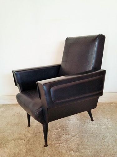 Fauteuil skaï  noir vintage