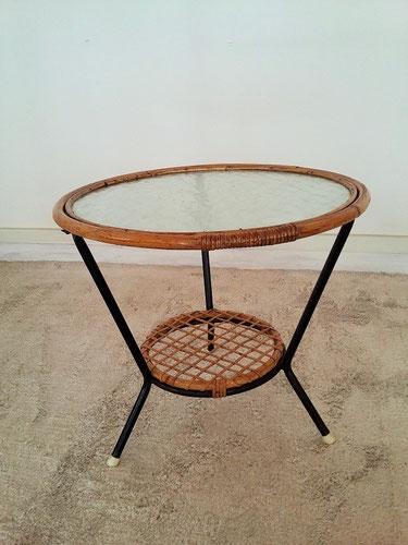 Table tripode métal verre rotin