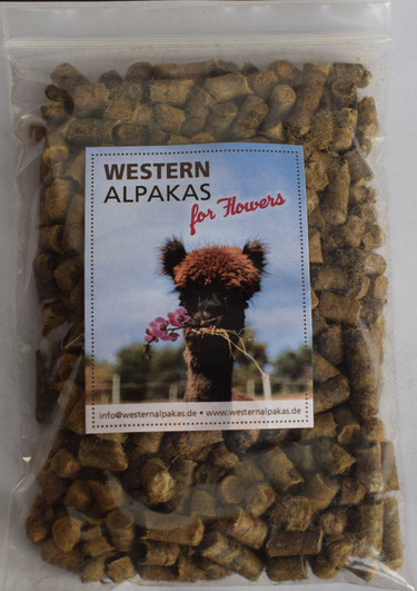 Da es sich um ein Naturprodukt aus Alpaka- und Schafwolle handelt, können die angegebenen Werte geringen Schwankungen unterliegen.