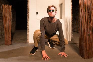 Michael Zier / Armada Theater / Der Kleine Schwarze Fisch