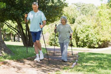Steigerung der Qualität im Lebensalter, Linderung von Schmerzen und Besserung der Beweglichkeit, Aktivierung der Lebensfreude