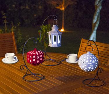 ©Nortene, lanternes suspendues SAÏGON en céramique pour une belle décoration de table