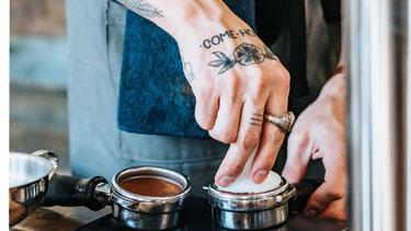 Arbeitslos Tattoos Diskriminierung Arbeit