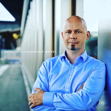 Anton Dörig: Unternehmer-Coach & Management-Advisor für mehr Präsenz und Essenz in der Führung, mit Sicherheit!