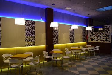 """Resultado de imagen de decoracion bares y restaurantes<img src=""""decoración de restaurantes.jpg"""" alt=""""reformas sin obra"""">"""